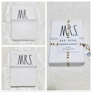 🆕Rae Dunn 2pk MR/MRS Standard Size Pillowcases
